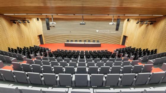 dostavba výzkumně výukového objektu PdF UP Olomouc aula