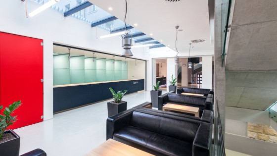 dostavba výzkumně výukového objektu PdF UP Olomouc foyer