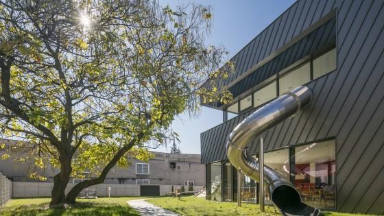 Mateřská škola Nádražní ve Šternberku tobogán