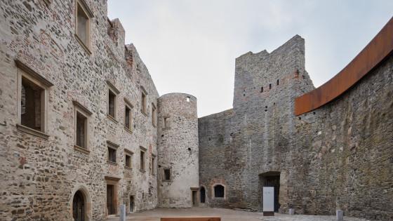hrad Helfštýn - nádvoří