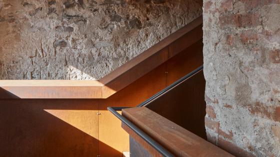hrad Helfštýn - schodiště