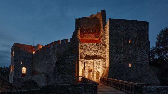 hrad Helfštýn - noční